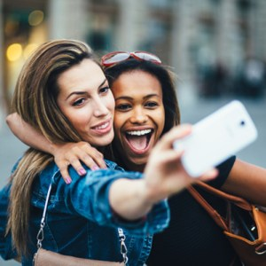 selfie marketing