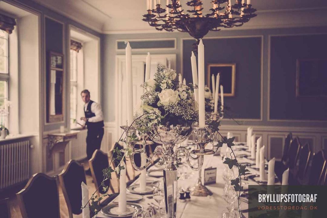 899d8e2cd179 Mød jeres kreative bryllupsfotograf online her Bryllup opdækning ...