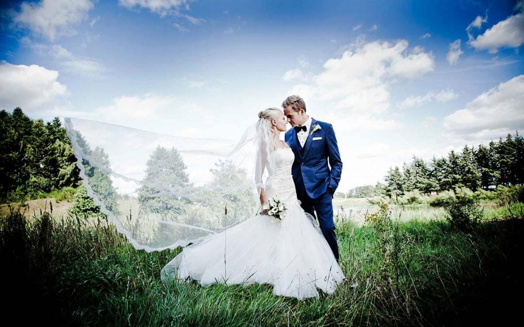 d759506346d Dit brudesjal eller slag kan være det ultimative accessory - Bryllup ...