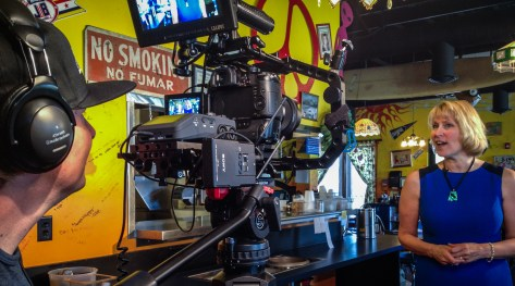 Commercial production for Squeeze In restaurants.