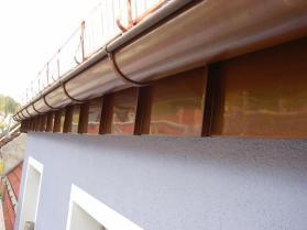 Klempnerarbeiten Traufbereich Stehfalztechnik Kupfer