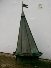 Turmspitze Ausfuehrung in Stehfalztechnik Kupfer