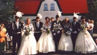 Schützenfest 1997: Thron vorm Bahnhof