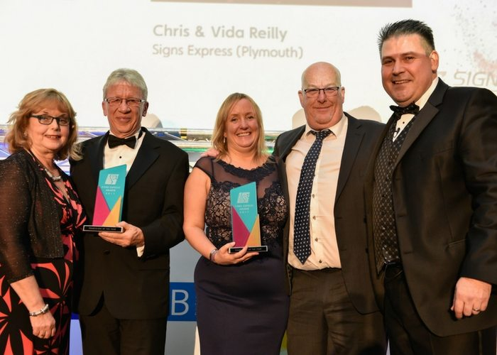 Signs Express Plymouth & Pourtsmouth win Franchise of the Year
