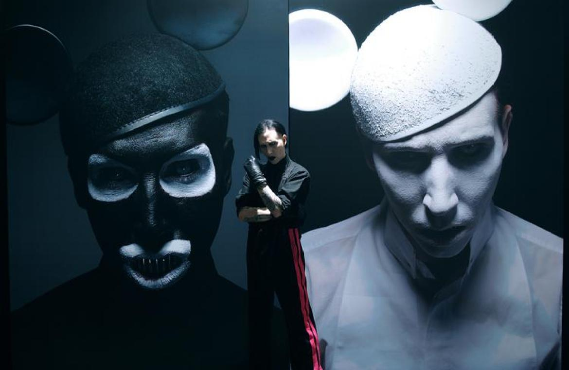 "Marylin Manson - artwork di Gottfried Helnwein per l'album ""The Golden Age of Grotesque"""