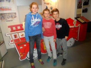 19 feb 2015= gr 7 brandw museum 040