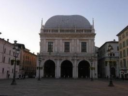 Palazzo Loggia