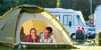 Il campeggio è tornato di tendenza.