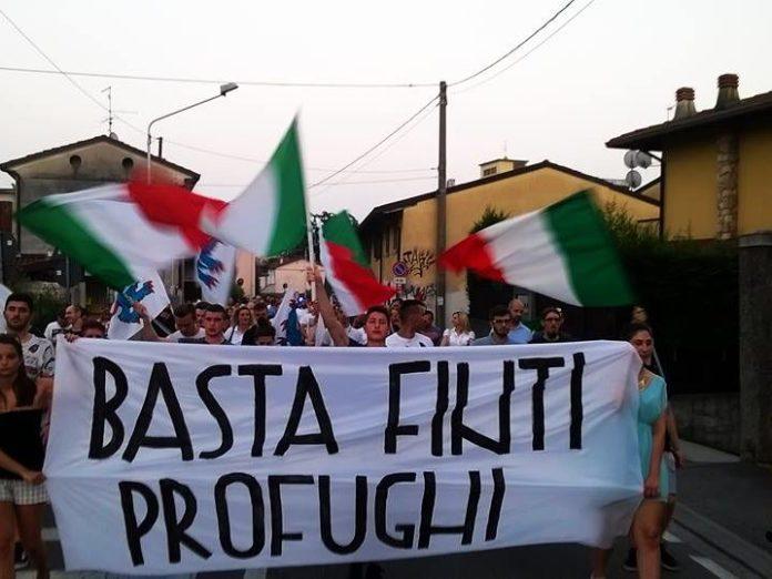 Il corteo del movimento di destra Brescia ai bresciani. www.bsnews.it