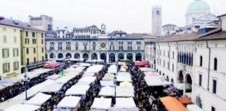 Bancarelle in fiera