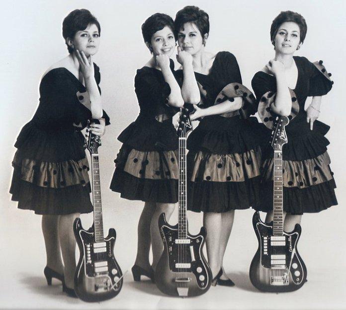 Il gruppo musicale delle Snobs, da wikipedia