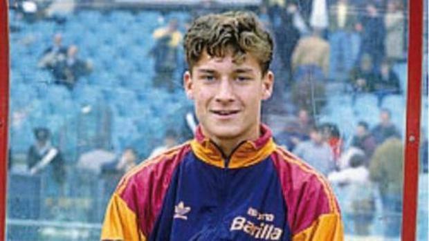 Francesco Totti all'età del debutto in serie A: 16 anni