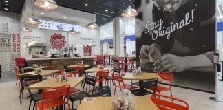 Johnny Rockets al Leone