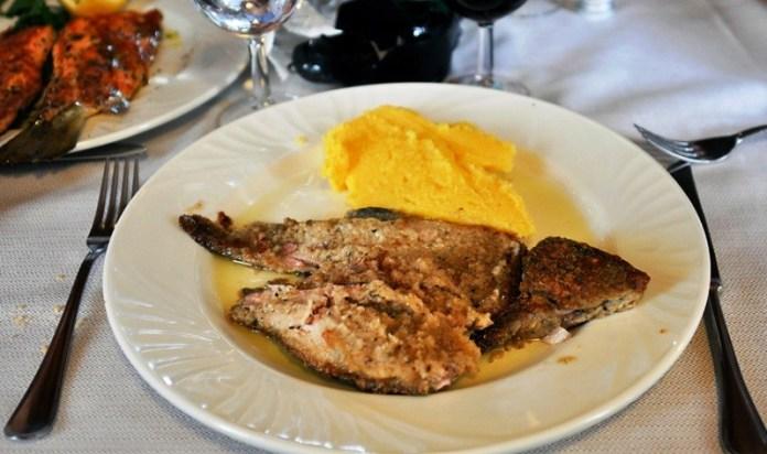 La Tinca al forno, piatto tipico di Clusane di Iseo, è tutelato anche dal marchio De.Co