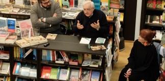 Paolo Festa, Manlio Milani ed Enrica Recalcati alla presentazione del libro La pistola sotto il banco, scritto da questa ultima
