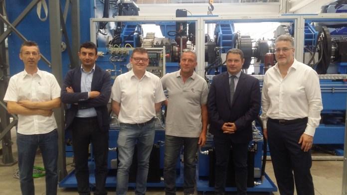 Il presidente della Provincia di Brescia Pier Luigi Mottinelli in visita alla Esea di Cividate Camuno, foto da Provincia