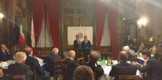 Del Bono e Alessandro Marini durante la serata al Rotary Clu di Brescia Centro