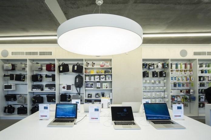 White store Apple a Brescia ed Erbusco