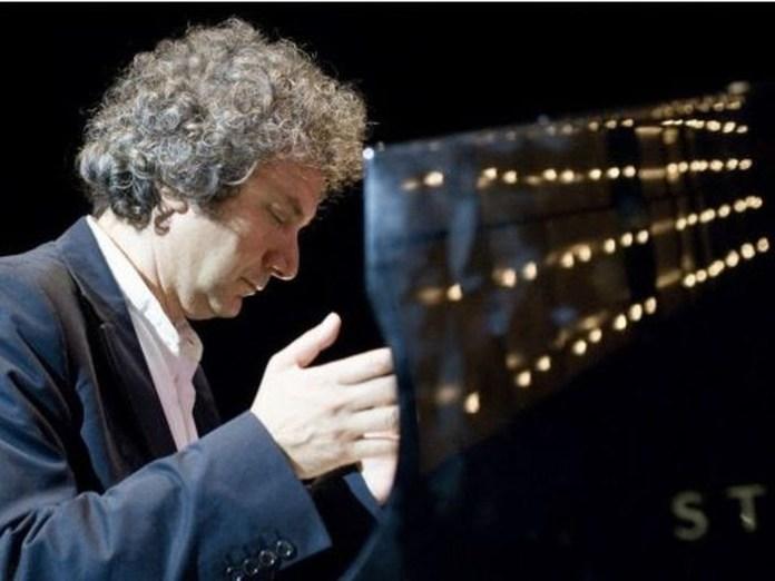 Il maestro Roberto Cacciapaglia torna a Brescia