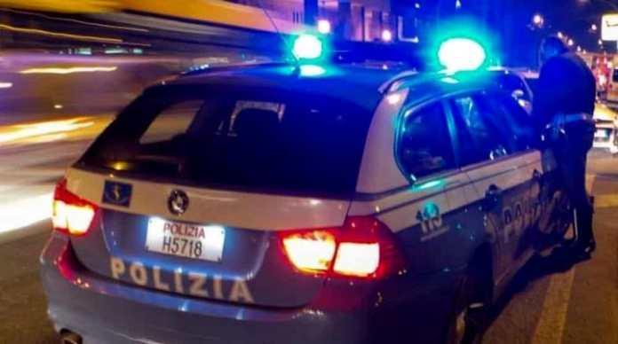 Polizia, inseguimento a Brescia