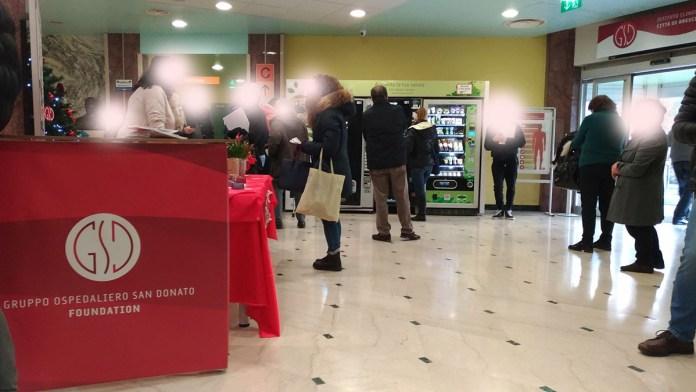 L'ingresso dell'ospedale Città di Brescia, foto BsNews