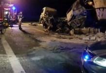 Lo scenario del terribile incidente lungo la A21, nel tratto di Brescia, in uno scatto della Polizia