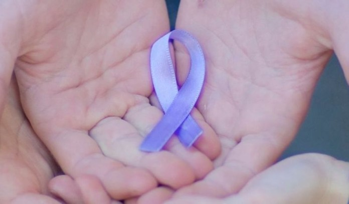Fiocchetto lilla, simbolo della lotta contro i Dca