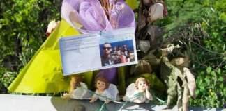 Le statuine in ricordo della strage collocate a Montirone: due sono sparite, foto da Facebook