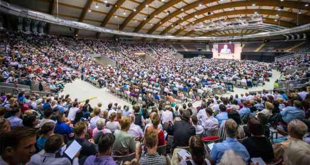 Una delle passate edizioni del congresso dei testimoni di Geova a Vicenza