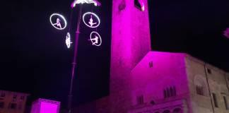 Lo show dei Kitonb Project in piazza Paolo VI di Brescia