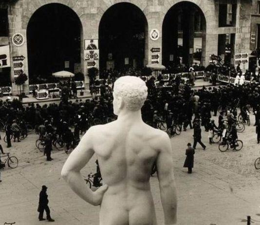 Una foto storica del Bigio in piazza Vittoria