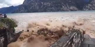 Aperto lo scolmatore del Garda: la piena del fiume Adige si riversa nel lago