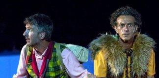 Il duo comico Ficarra e Picone in scen l Tetro Sociale di Brescia con le Rane di Aristofane