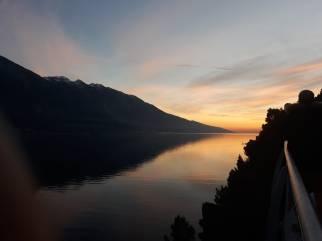 La Garda By Bike, la ciclabile del lago di Garda, vista al tramonto dal Comune di Limone, foto di Andrea Tortelli per BsNews.it