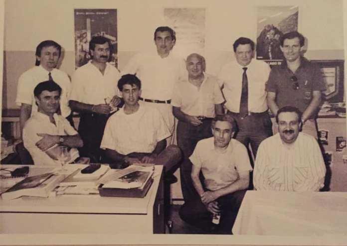 Una foto storica di Bresciaoggi, tra i presenti si riconosce (seduto alla scrivania) un giovanissimo Marco Bencivenga