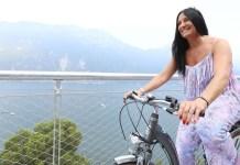 L'assessore regionale Lara Magoni all'inaugurazione della ciclopedonale sul Garda nel 2018 - PH Fotolive /FILIPPO VENEZIA