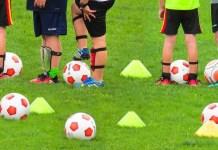 Calcio bambini, foto da Pixabay