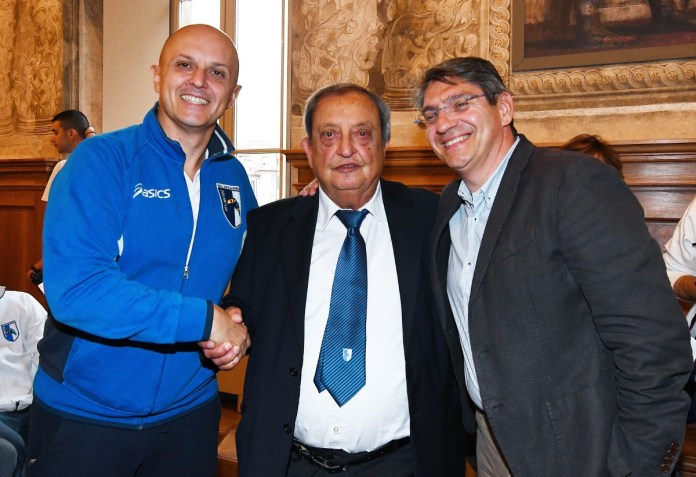 Giuseppe e Roberto Zambonardi con il sindaco Emilio Del Bono