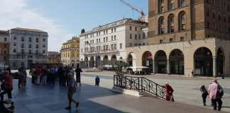 Piazza Vittoria a Brescia (foto Andrea Tortelli, BsNews.it)