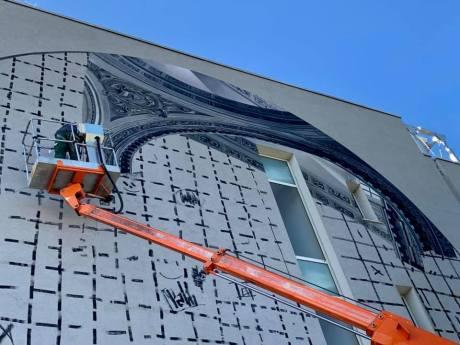 Il murales dell'artista Vesod al villaggio Violino - foto da pagina Facebook Comune di Brescia