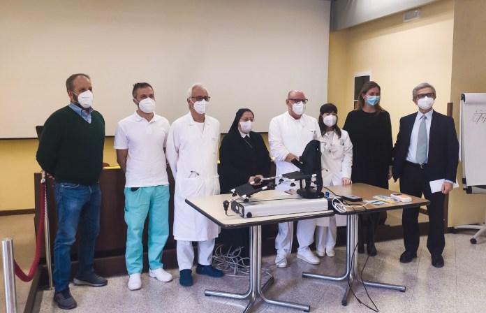 La consegna dei nuovi strumenti per la riabilitazione alla Domus Salutis - foto da ufficio stampa Fondazione Teresa Camplani