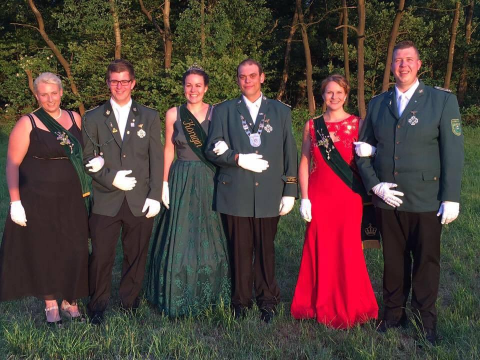 Unser amtierender Thron rund um König Christian und Königin Greta