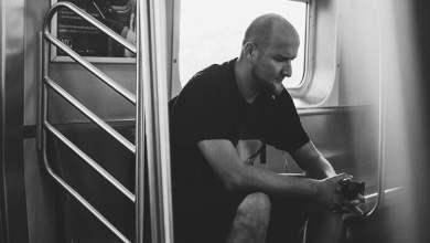 Photo of Pełne skupienie…w metrze…cisza przed…
