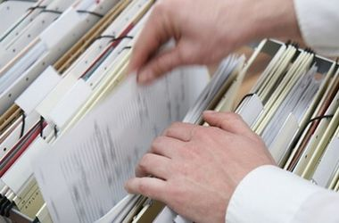 Notaries in Ukraine allowed to make extracts from the register of real estate