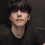 Day6 ウォンピル (WONPIL) Instagram