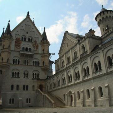 Schlosshof Neuschwanstein