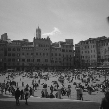 Piazza del Campo, Siena [Scan von AGFA Scala]