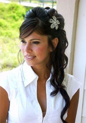 stylish wedding hair side ponytail bubbly bride