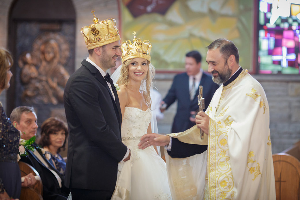 Monique Lhuillier Bridal Gown   Orthodox Ceremony   Chicago Wedding   Cafe Brauer Wedding   Bubbly Moments