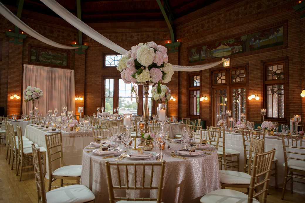 Stunning Blush, Gold, Rose Gold Wedding   Cafe Brauer   Chicago Wedding   Bubbly Moments